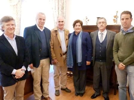 Club de Golf Los Lirios y Municipalidad de Olivar firman convenio para  promover el deporte