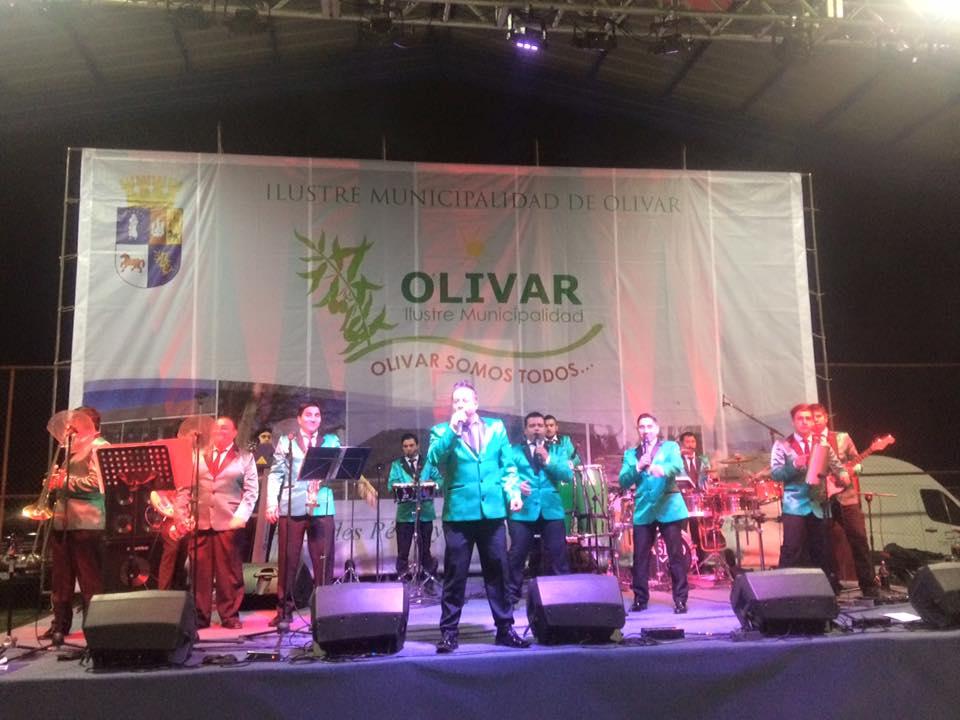 Alcaldesa destaca masiva participación de vecinos en celebración de fiestas patrias