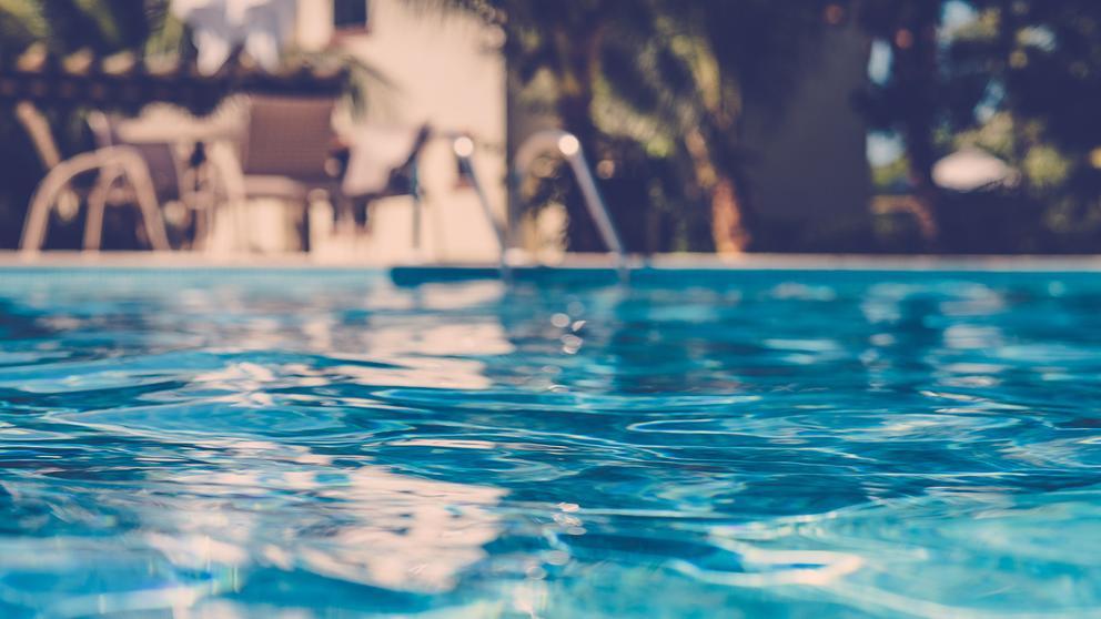 piscina gratis.jpg