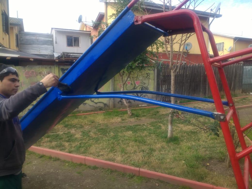 revisión juegos infantiles Olivar.JPG