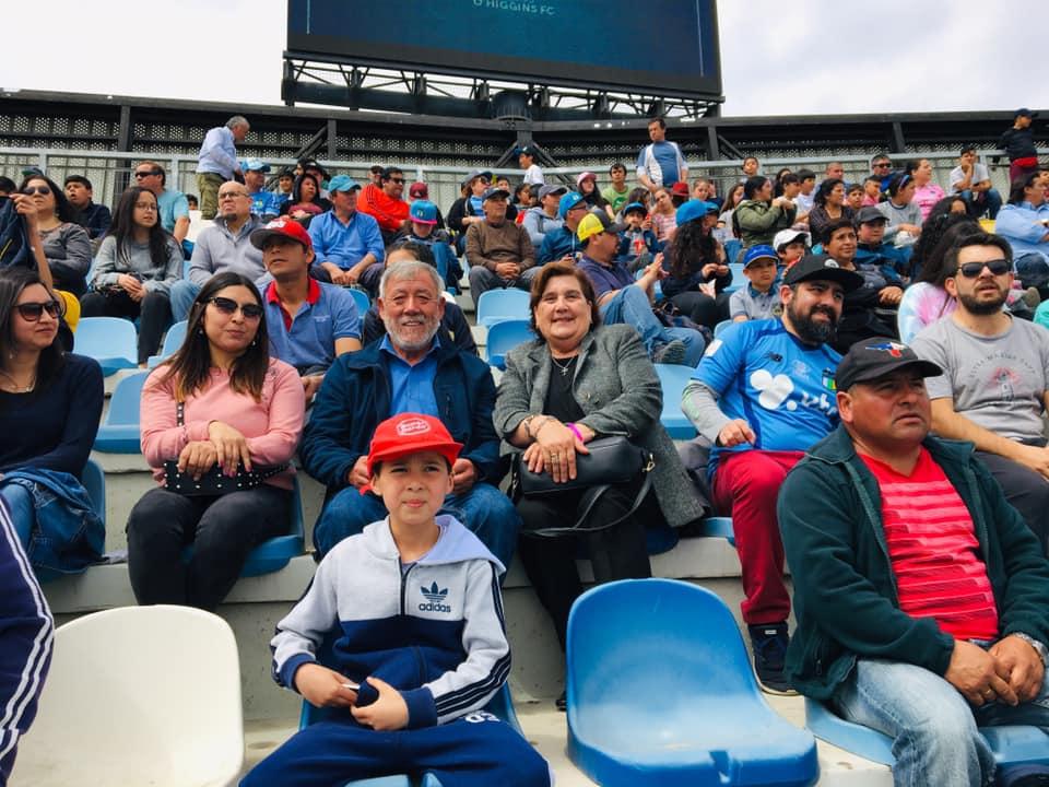 Niños de Olivar asistieron a partido de O´Higgins FC en estadio El Teniente