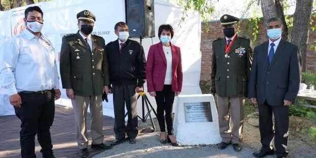 Ponen primera piedra de cuartel definitivo de la tercera compañía de bomberos de Olivar